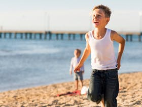 Discover Frankston's Waterfront wonderland, home to 10 kilometres of pristine beach