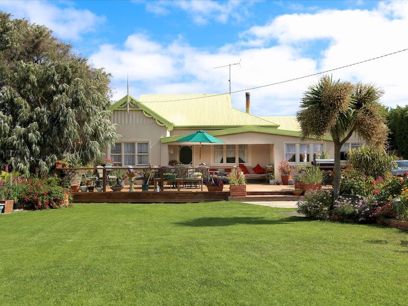 King Island Green Ponds Guest House & Cottage B&B