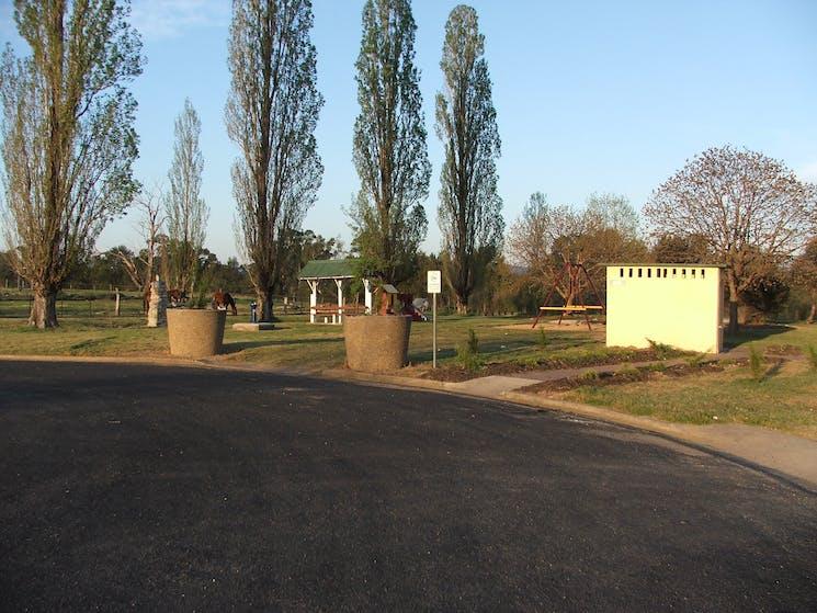 Entrance to the Bundarra Caravan Park, from Court St, Bundarra