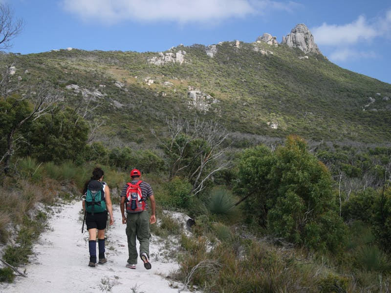 Drive Discovery Central Flinders Island