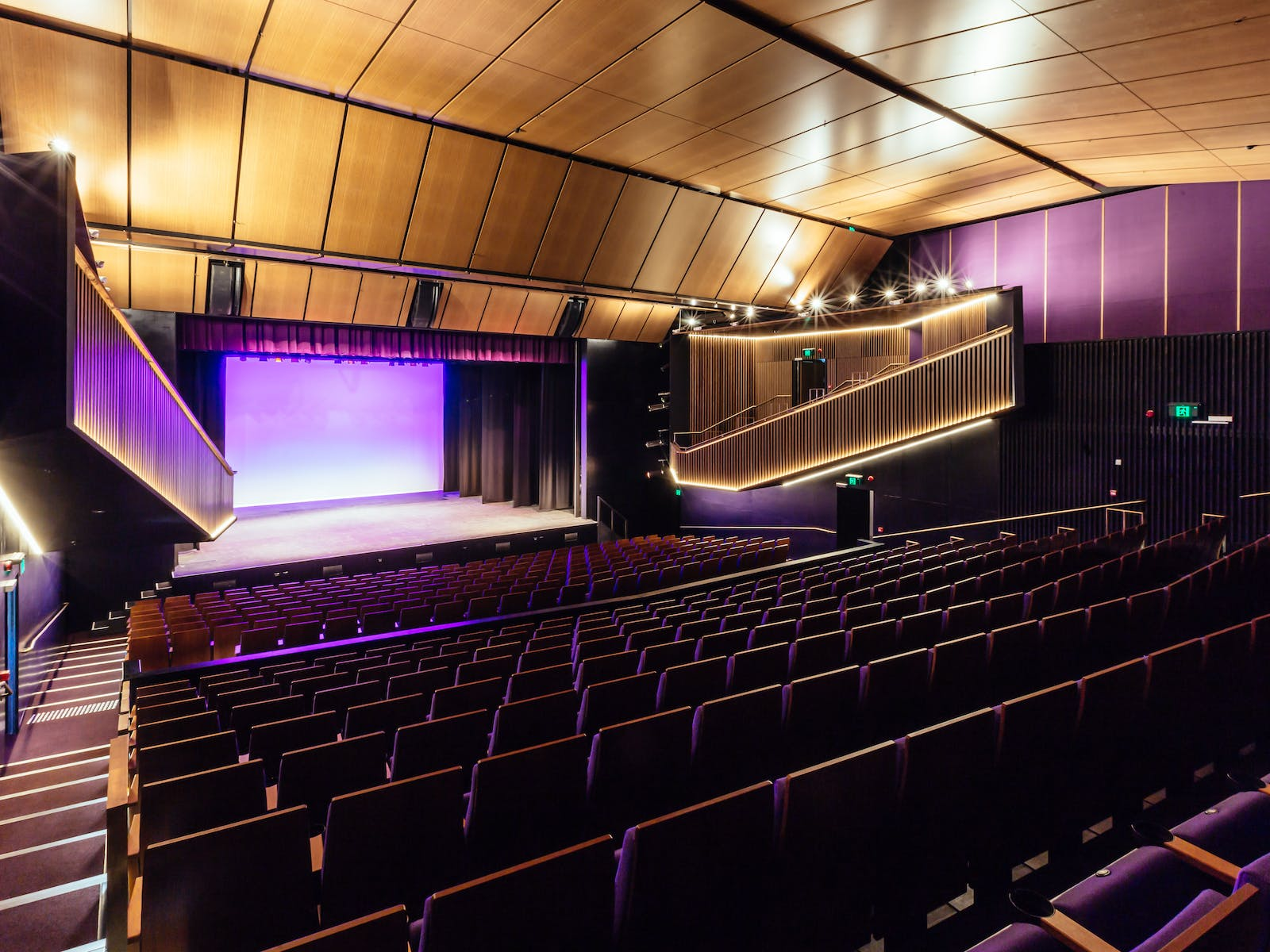 Image for Leaving Jackson: The Johnny Cash and June Carter Show - Wyong