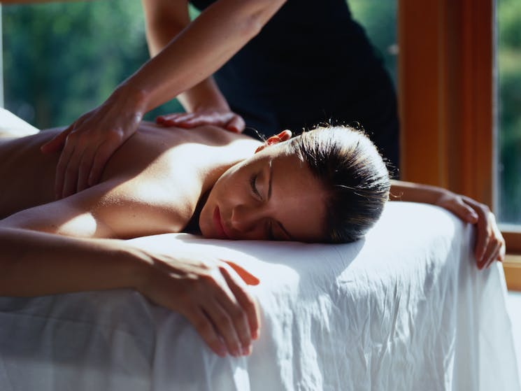 Byron Massage and day spa with couples massages and girls getaways