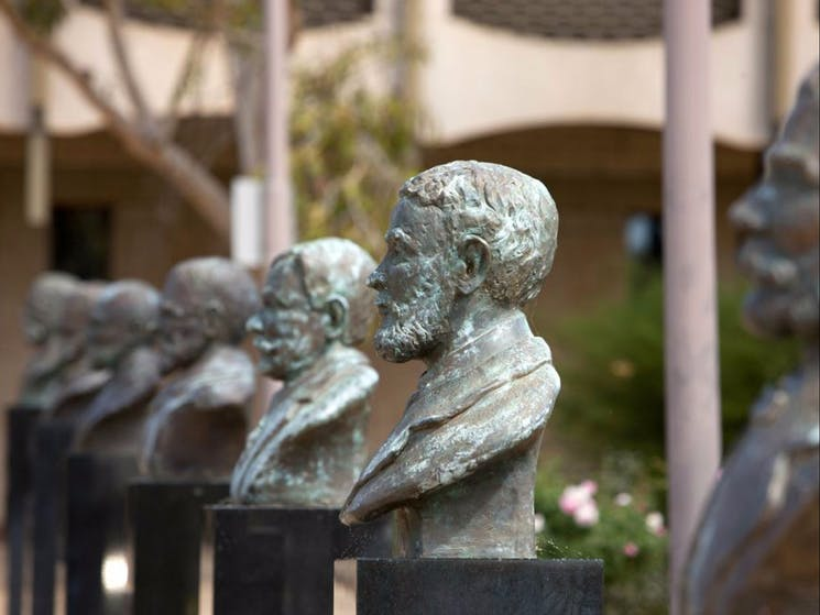 Syndicate of Seven busts
