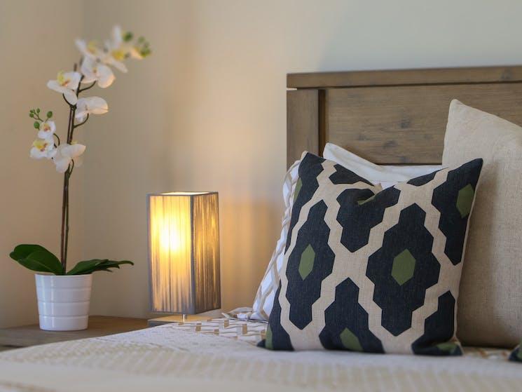 Hunter-Valley-Stays-Accommodation-Ironbark-Hill-Estate-Bedroom