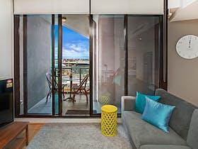 1 bedroom apartment river view - balcony