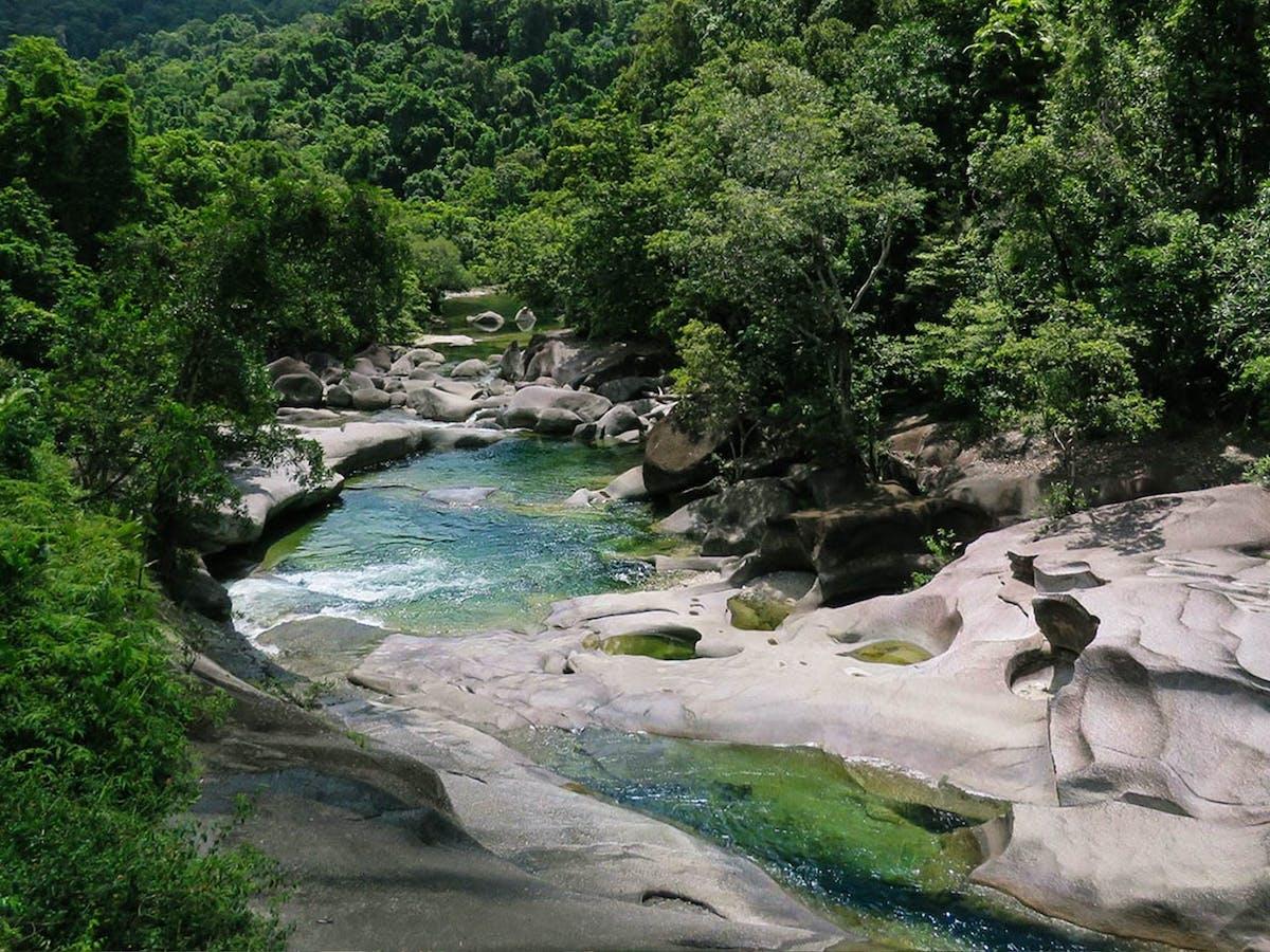 Babinda boulders lookout with wooronooran safaris