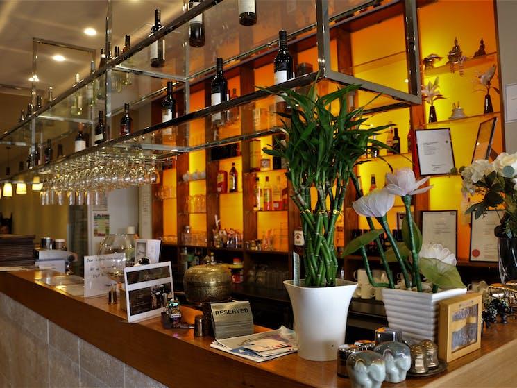 Thai Queanbeyan restaurant reception and bar.