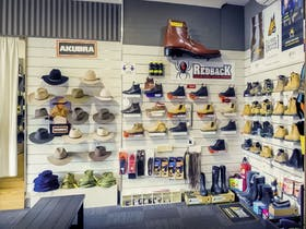 Akubra and Work Boots. Blundstone, Redback, Steel Blue, Mongrel
