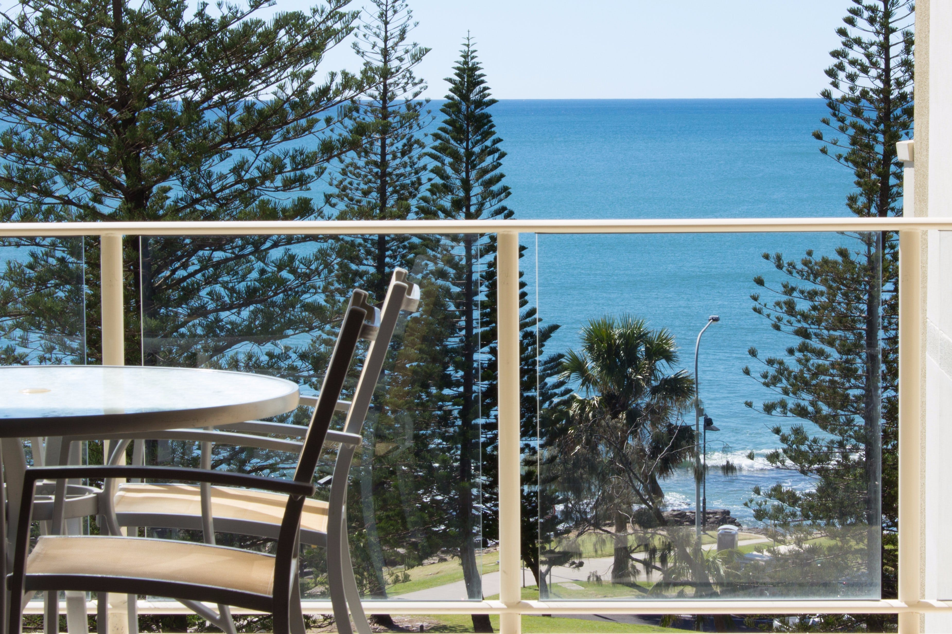 Oceanview 1 and 2 Bedroom Apartments