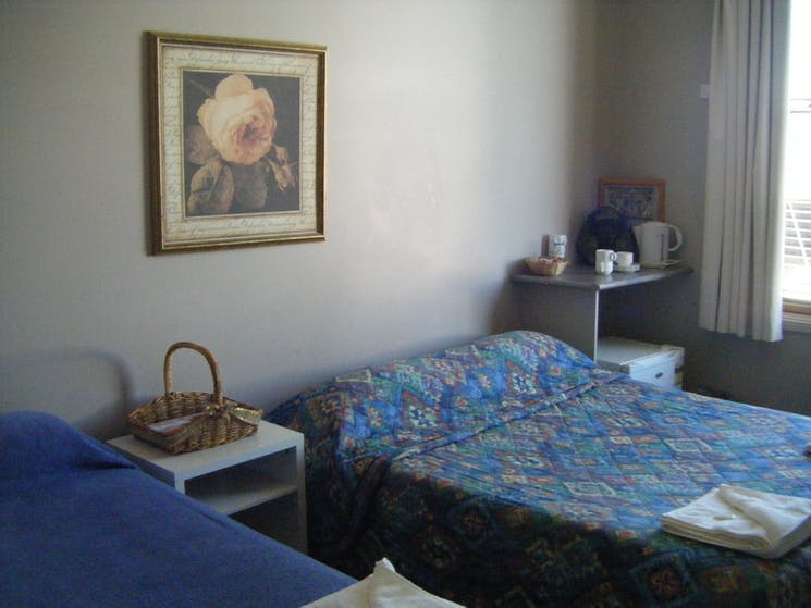 twin bed accommodation room