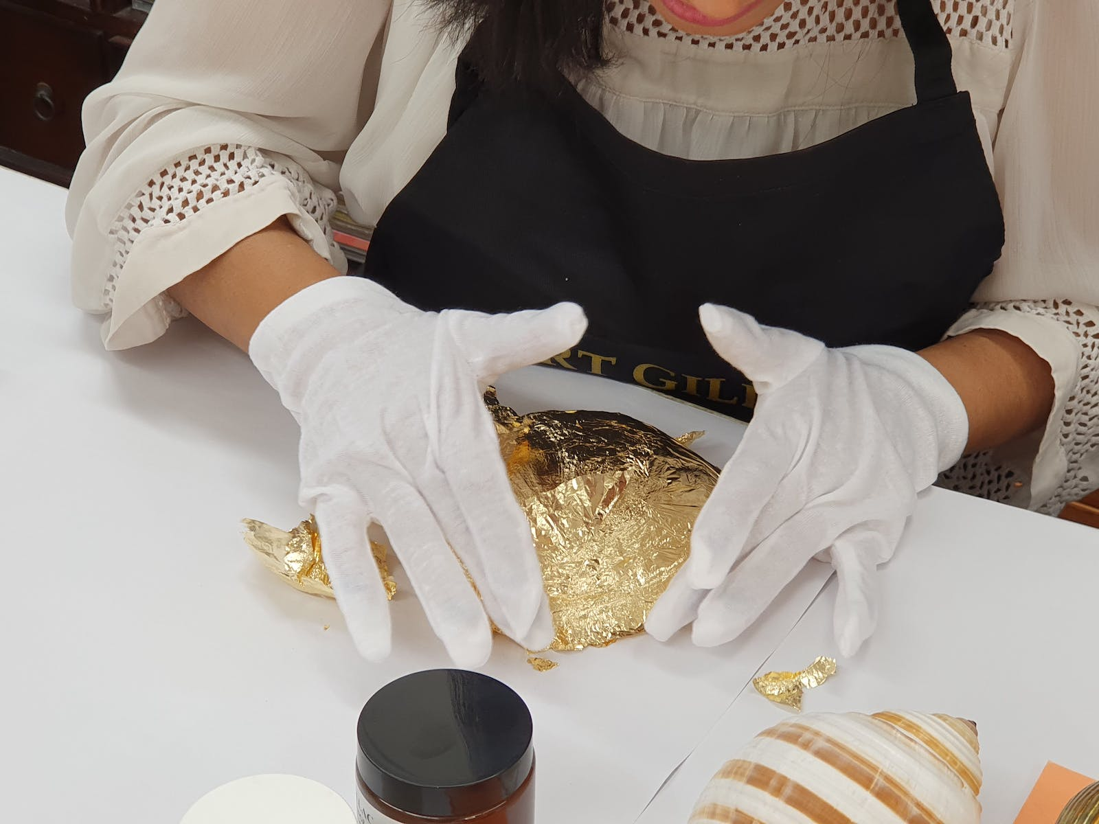 Image for Gilding Class: Introduction to Gold Leafing