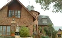Lake Haven Castle Cottage